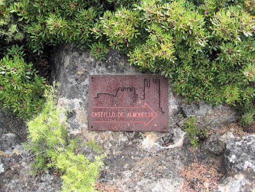 Letrero orientativo del Castillo de Almonacid, Alto Palancia