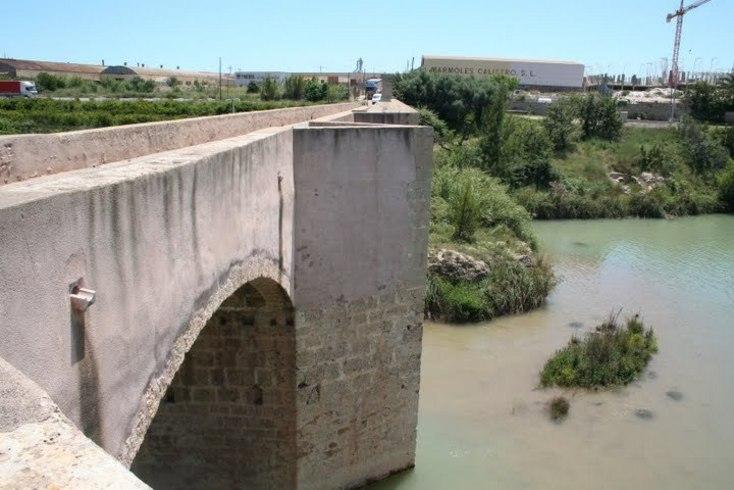 Puente sobre el río Mijares.Moncófar