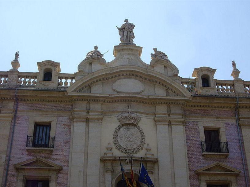 Detall de la Fatxada del Palau de Justícia de València.