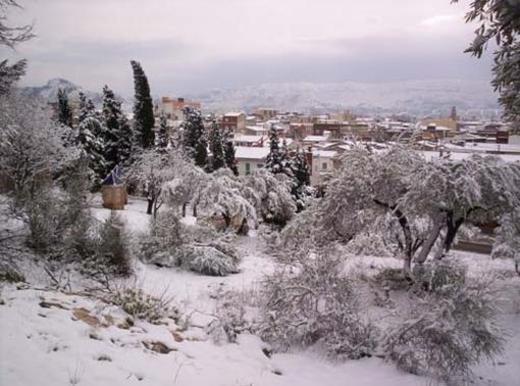 Alcudia de Crespins (oficialmente y en valenciano L'Alcúdia de Crespins)