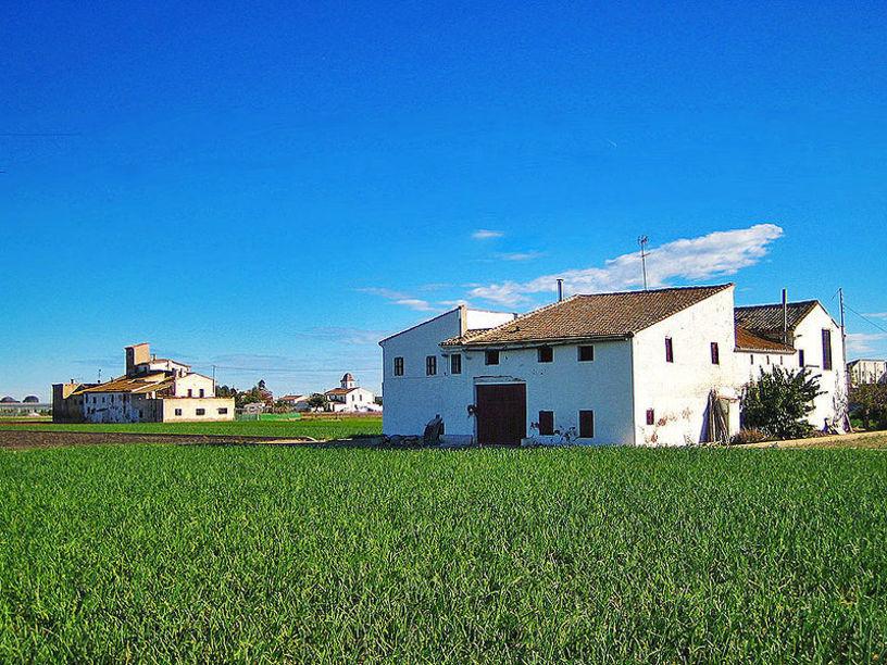 Horta Nord, cases i terrenys