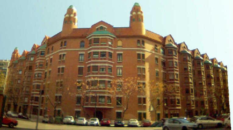 Edificios de Valencia: Finca Roja