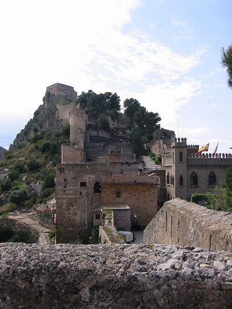 Vista general de el Castillo y conjunto monumental de Játiva