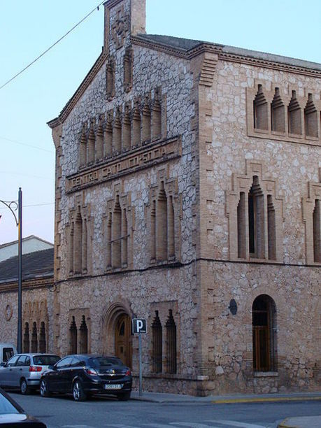Fachada de  El Centro Católico Social de Catadau