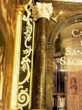 Detalle de la puerta de la Concatedral de San Nicolas de Bari en Alicante