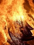 Festa de foc durant les fogueres de Sant Joan a Alacant