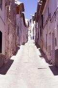Típica calle en Teresa de Cofrentes