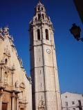 Vista de la Torre campanar de l'Església de S.Juan Bautista en Alcalá de Xivert