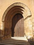 Vista de la Portada principal de l'església de Sant Miquel Arcàngel de Canet lo Roig