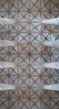 Llotja vista des de baix entres les seues columnes tornejades, València
