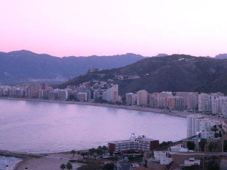 Bahia de Cullera, playa y hoteles